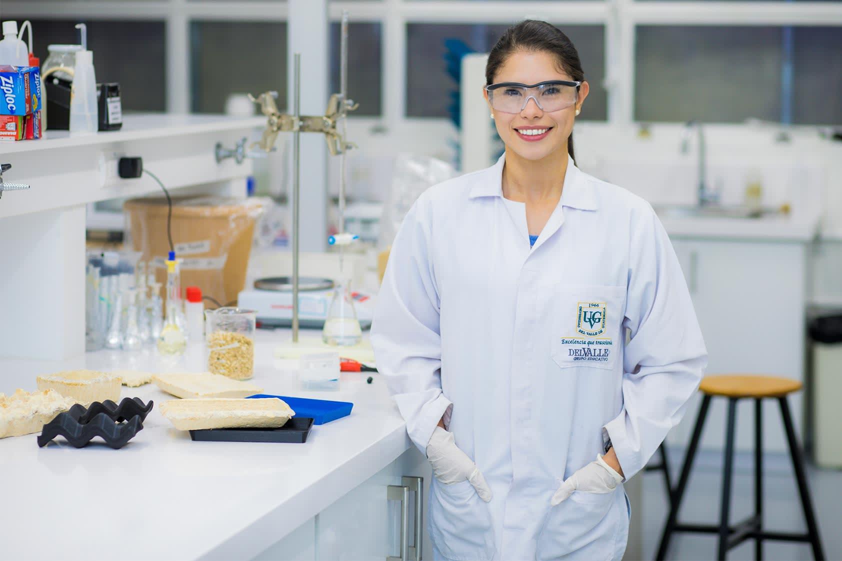 Astrid Ortega y su estudio sobre empaques a base hongos para alimentos
