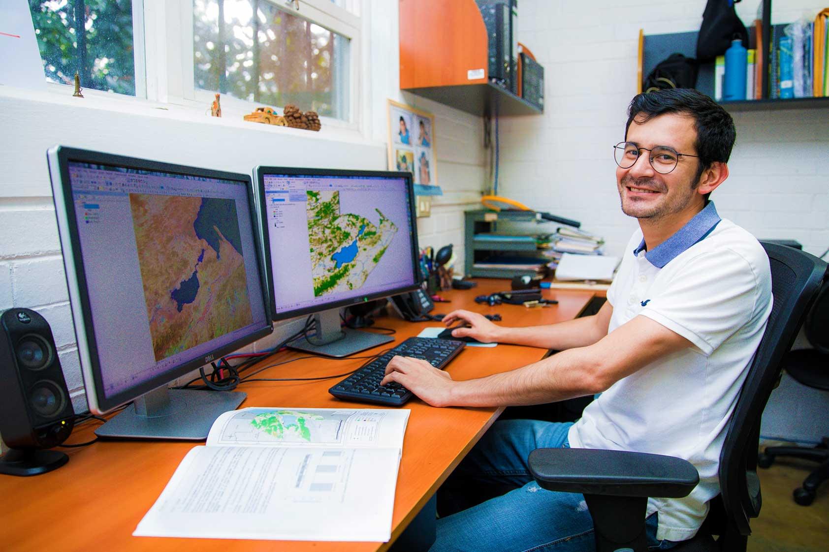 El aporte del CEAB a la información ambiental y cartográfica