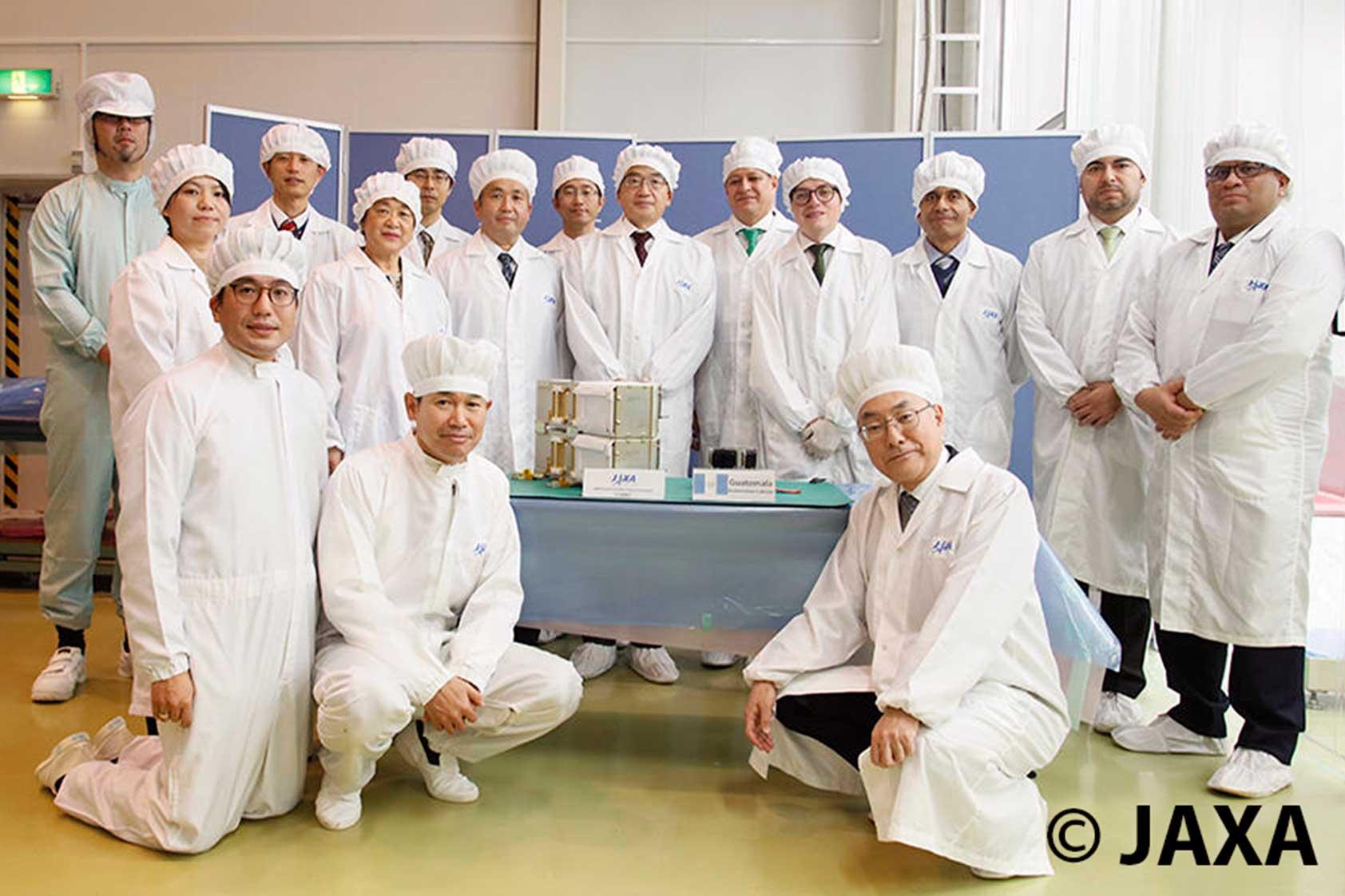 La entrega del CubeSat Quetzal 1 en Japón, según lo contó José Bagur