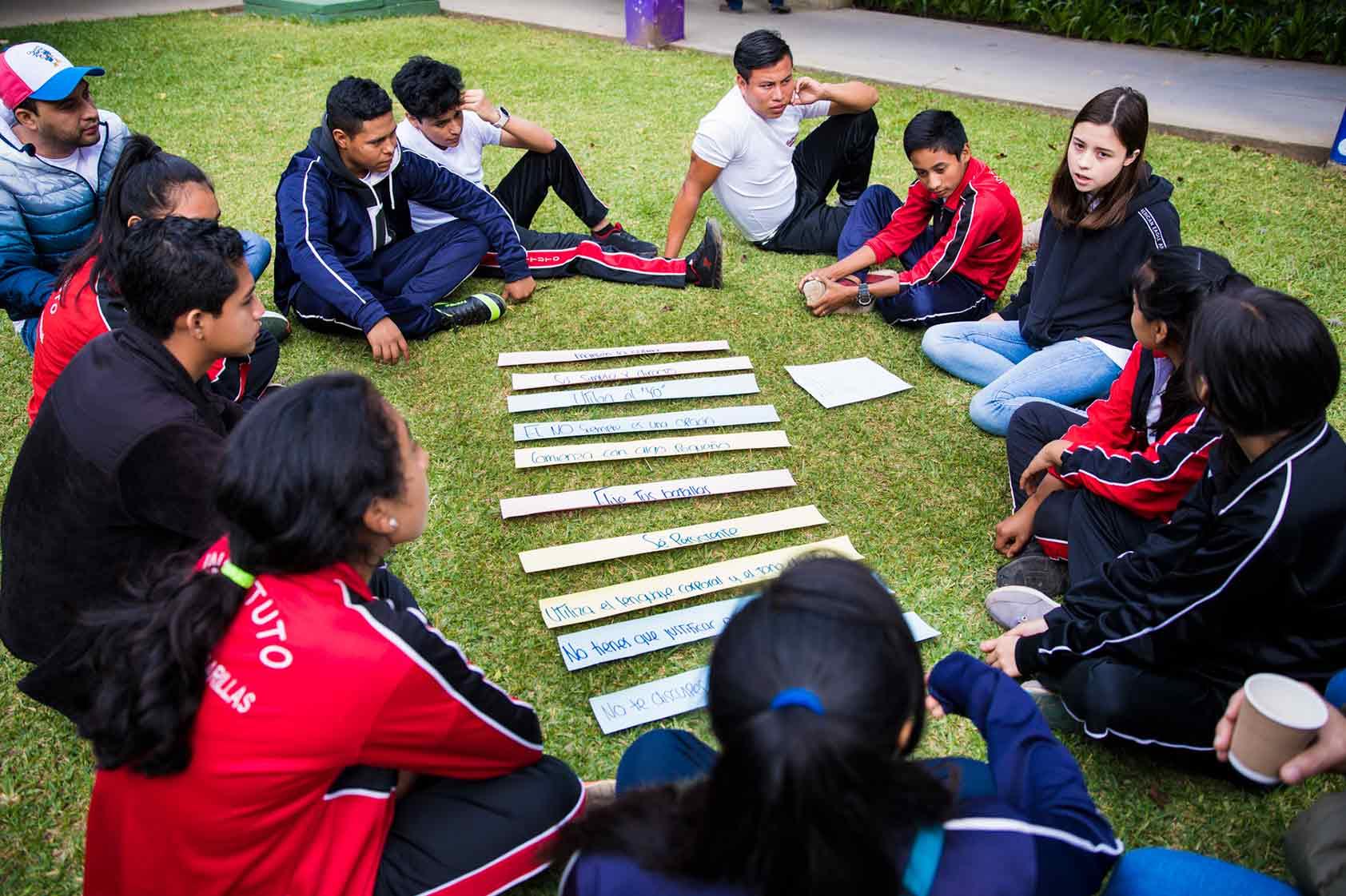 Formando a jóvenes líderes