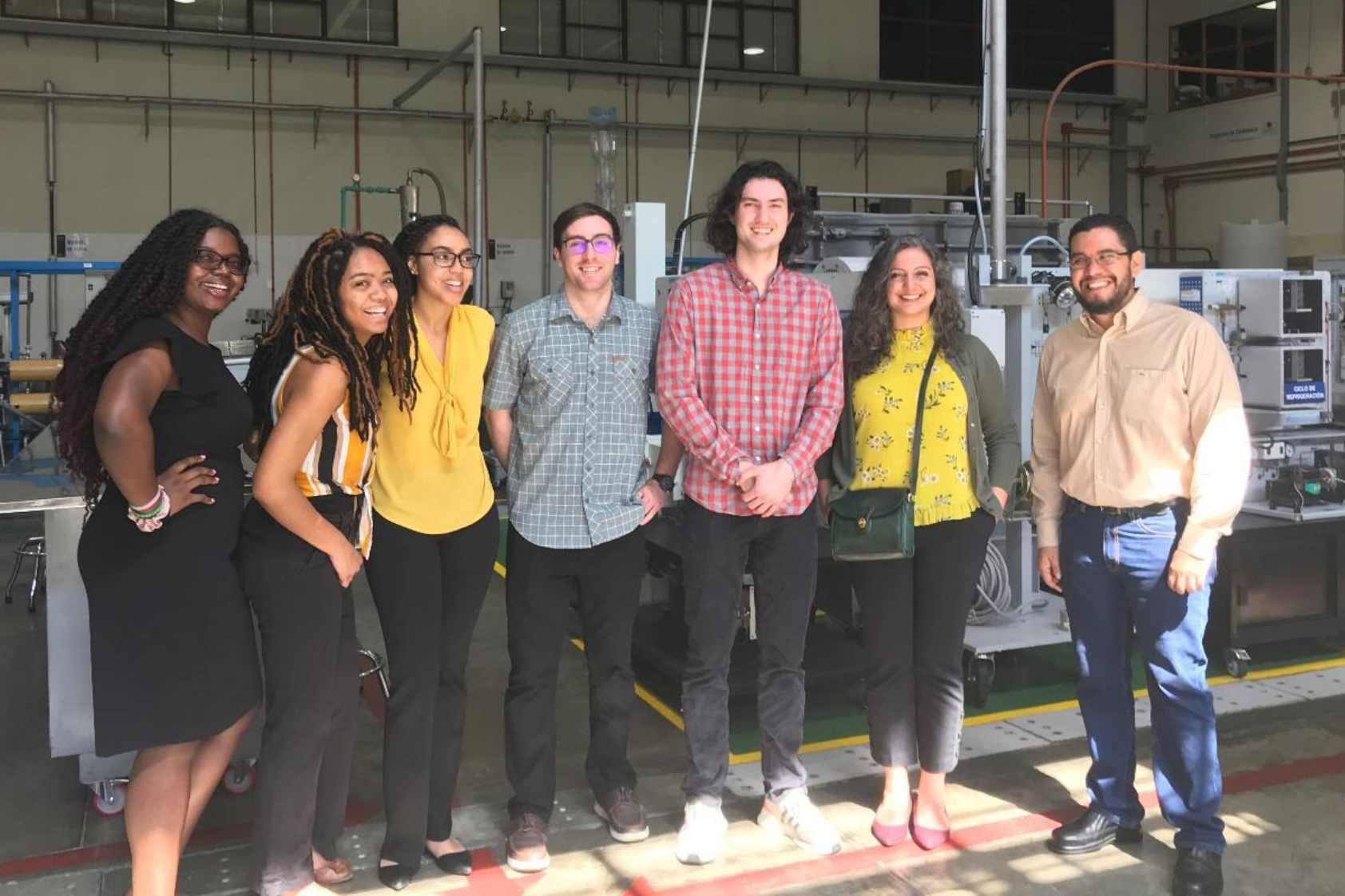 Estudiantes de UVG y la Universidad de Vanderbilt forman equipo internacional de trabajo