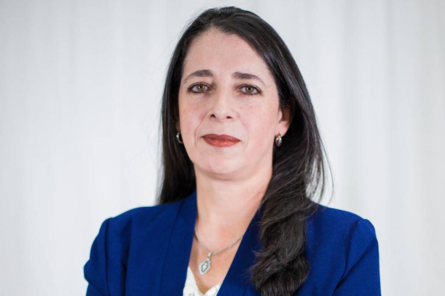 Renata Mendizábal: La academia e investigación están presentes en toda su vida
