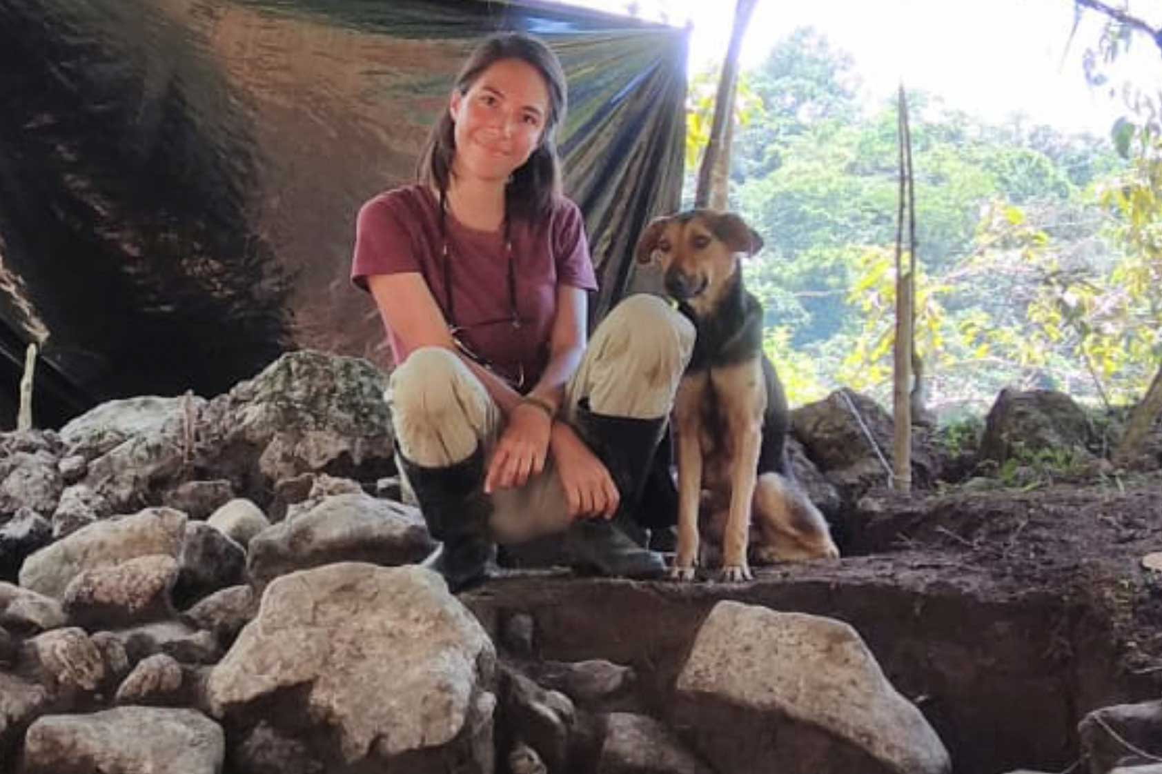 Reconociendo el trabajo de las arqueólogas en Guatemala