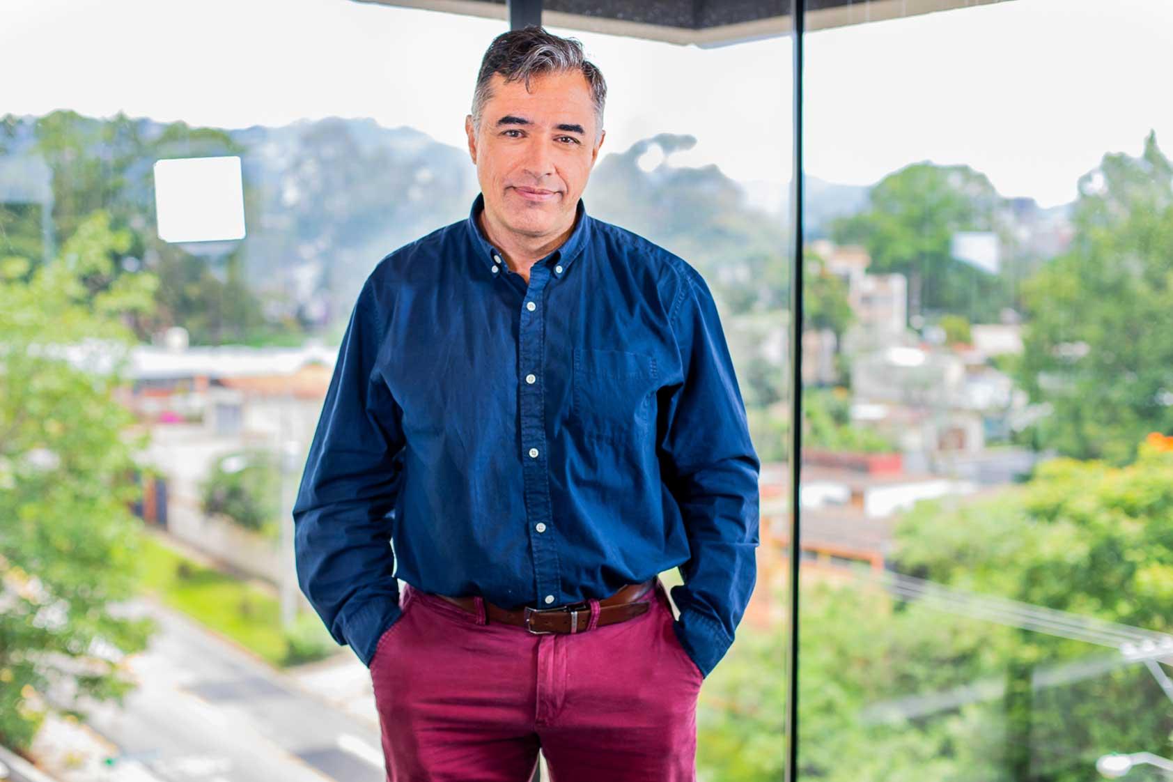 """Alvaro Figueredo: """"Yo no invento nada, solo conecto ideas y personas"""""""