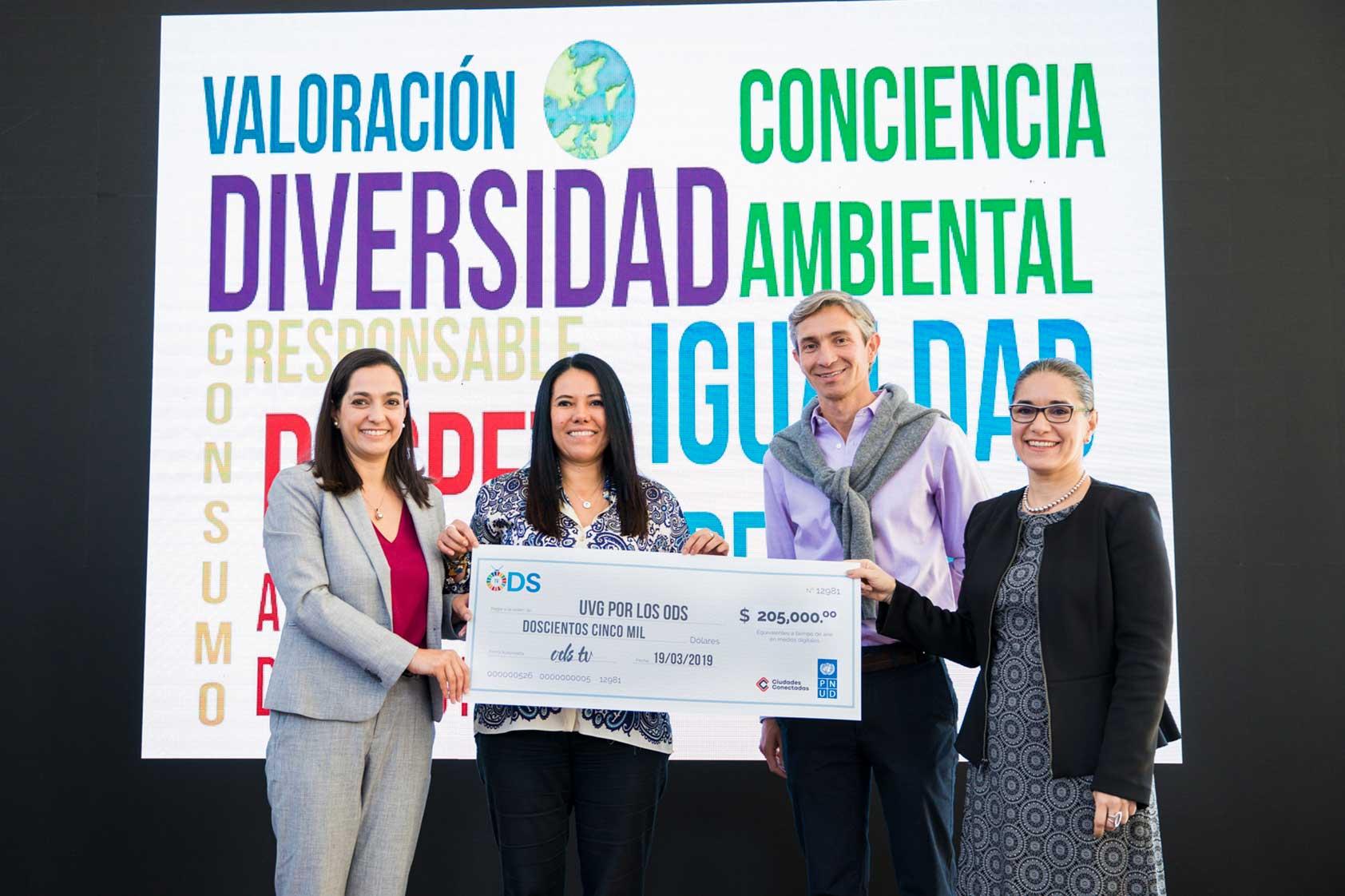 PNUD y Ciudades Conectadas premian a UVG por su iniciativa que promueve los ODS
