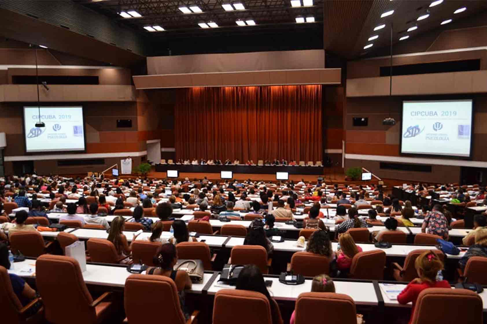 UVG participa en el Congreso Interamericano de Psicología en La Habana, Cuba