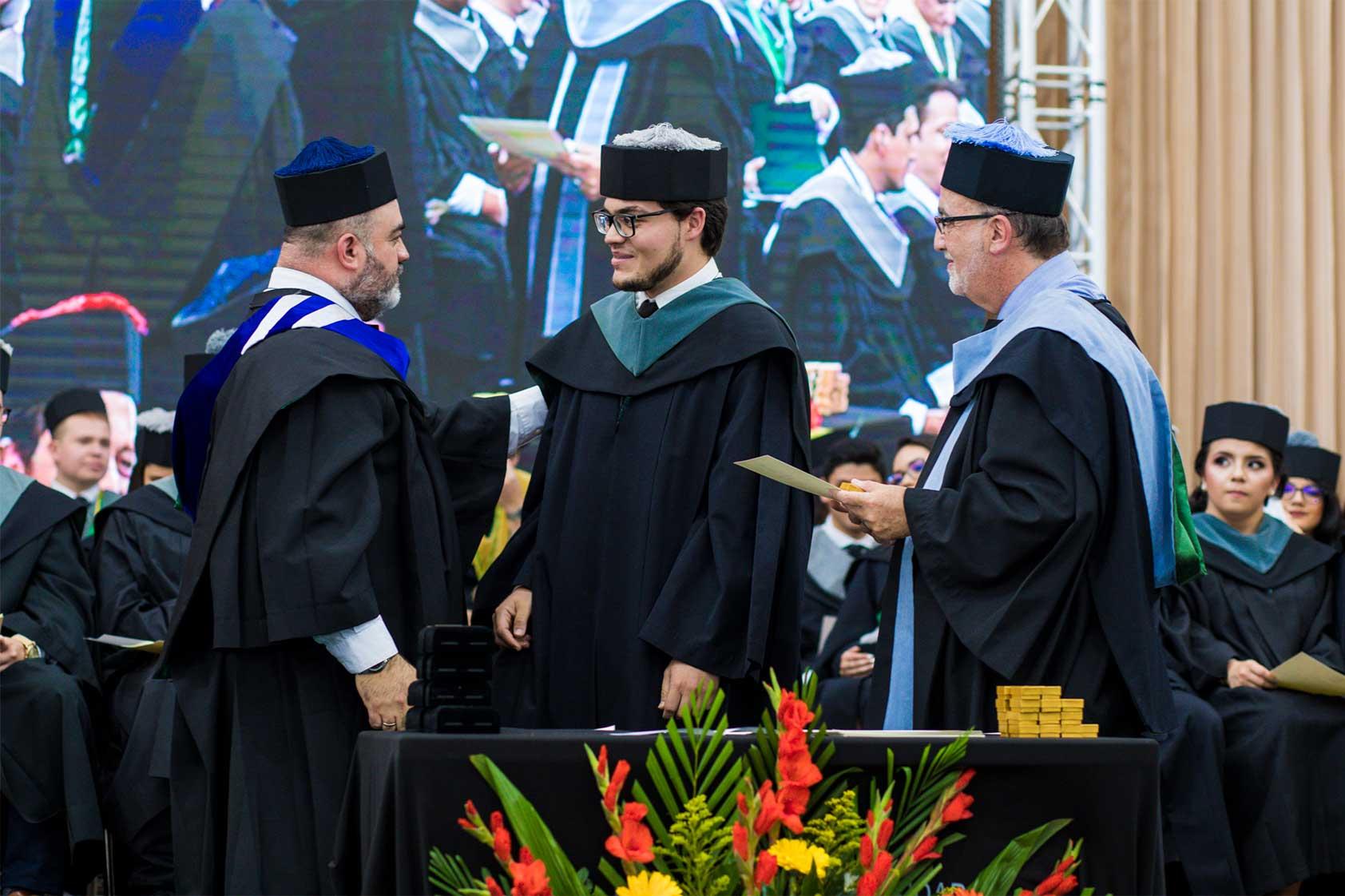 Graduaciones UVG