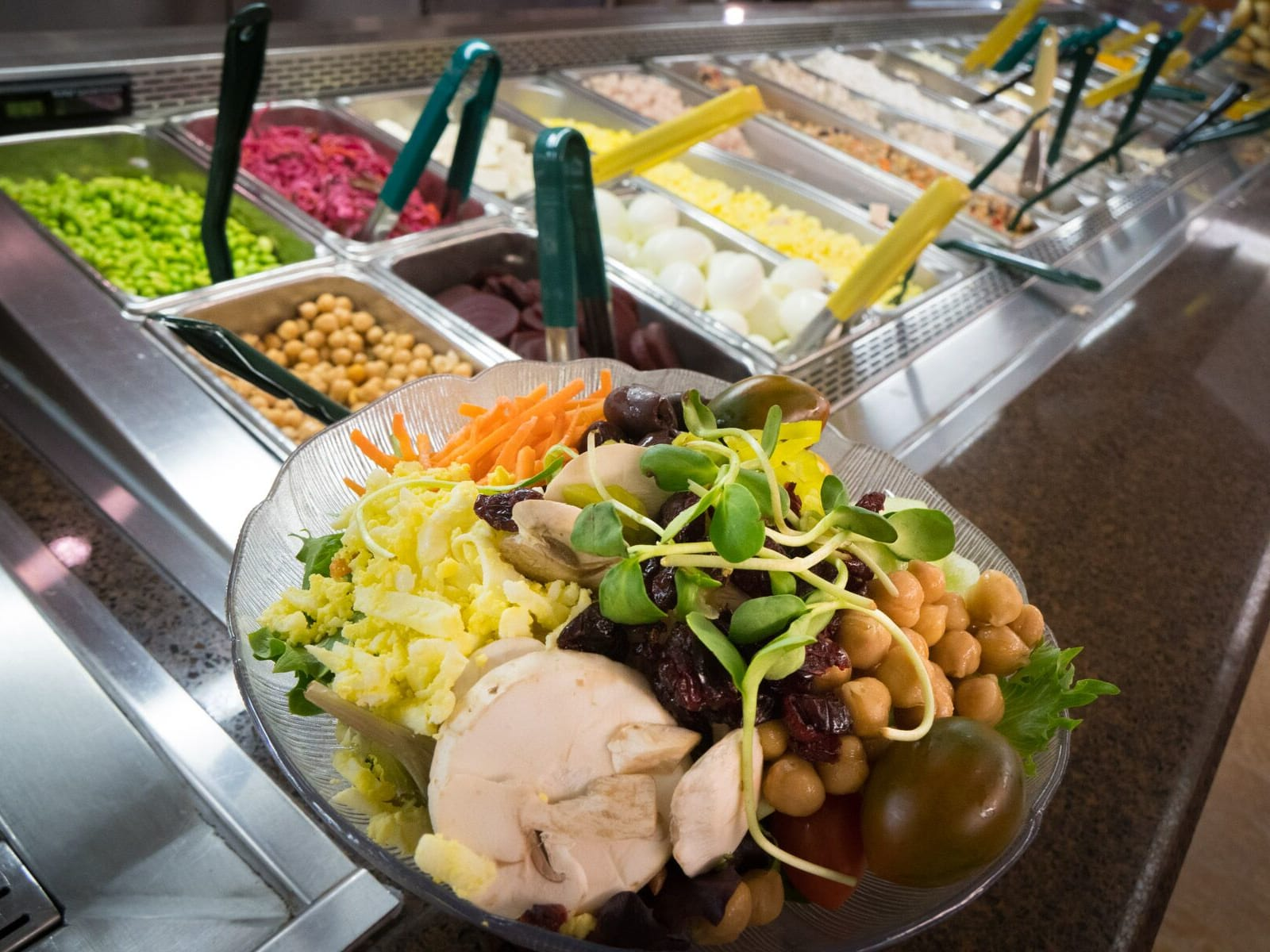Image of a salad bar