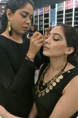 Best Makeup Artist Bangalore, Karnataka