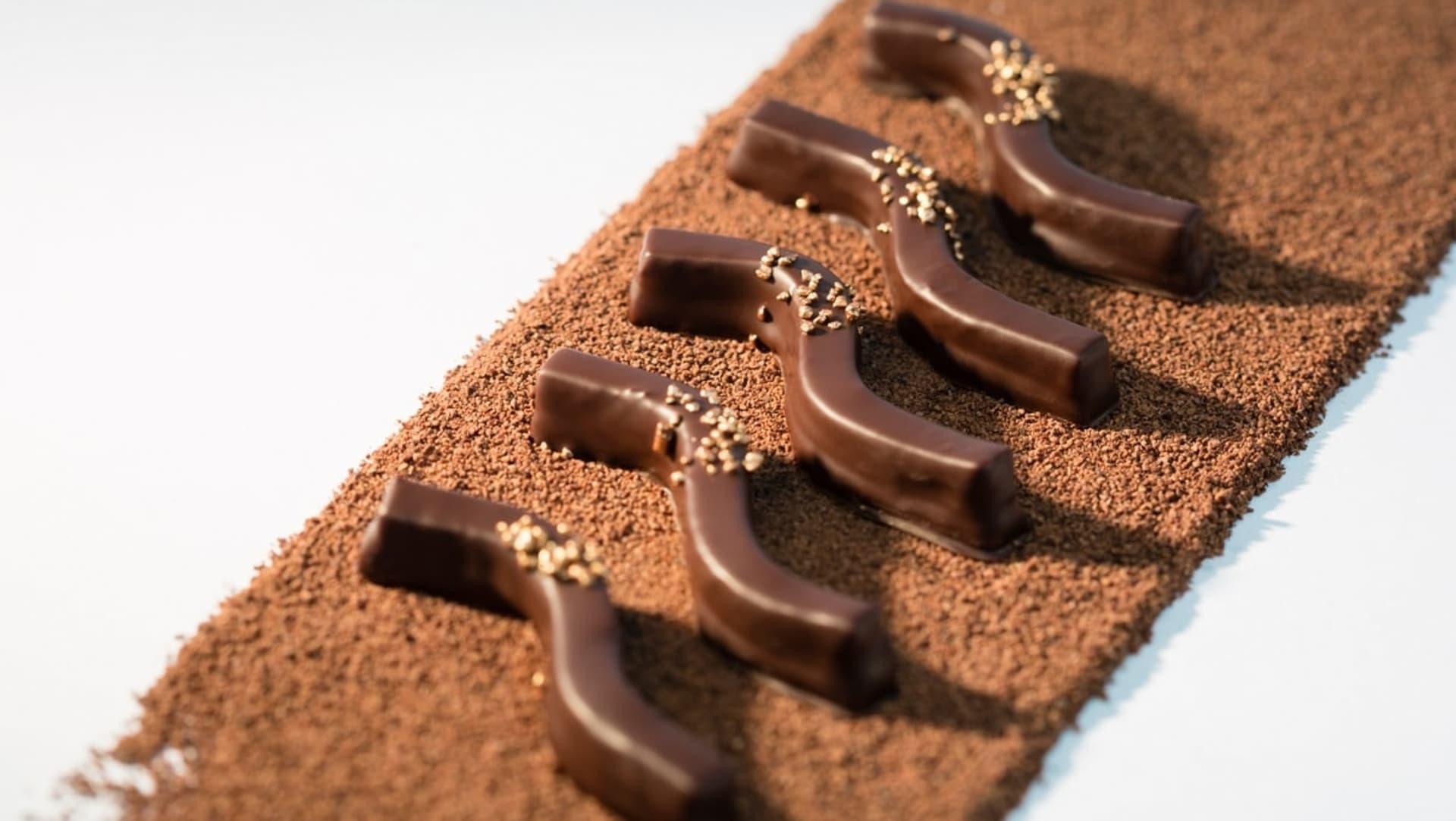 valrhona.com-bonbons-de-chocolat