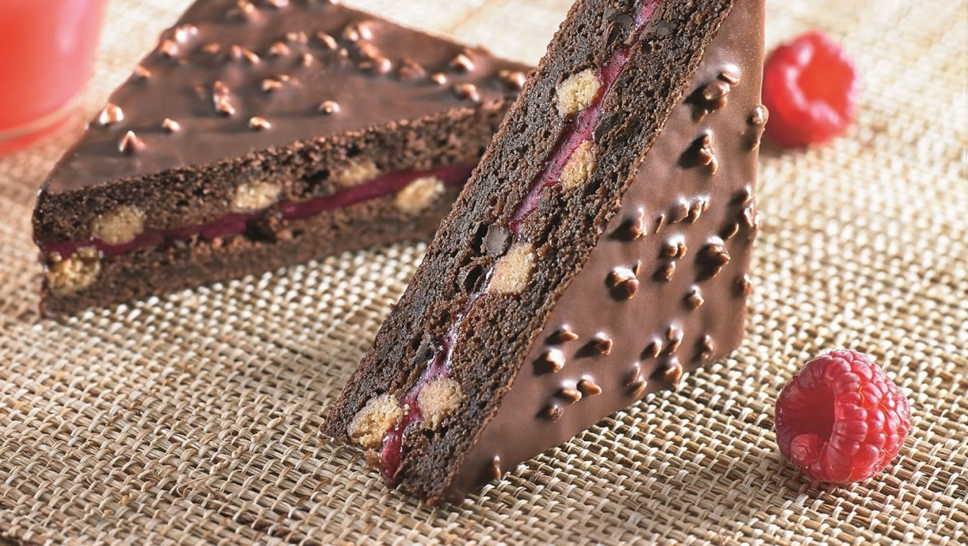 Valrhona.com-Trend-book-much-more-than-a-bakery
