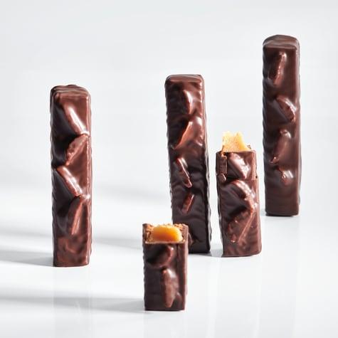 valrhona.asia-caramel&almond-bars