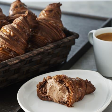 valrhona.asia/recipe/filled-croissant