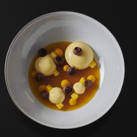 valrhona.com-recette-pannacotta-mangue-gianduja