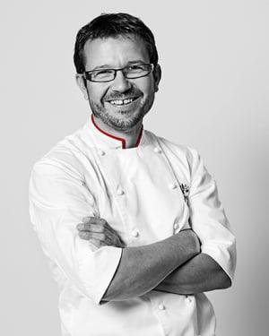 valrhona.com-portraits-chefs-romain-grzelczyk