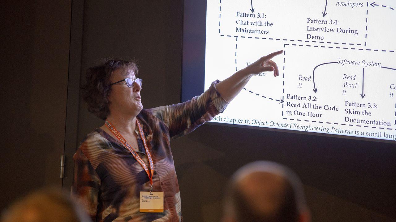 Agile Architecting: A Pragmatic Approach
