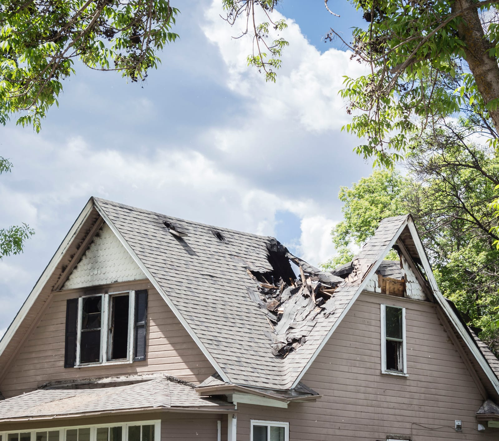 Does Home Insurance Cover Roof Leaks? - ValuePenguin