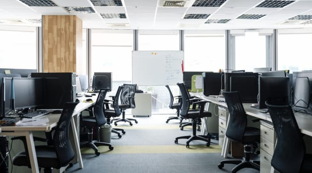 Most Employees Still Reluctant to Return to the Office