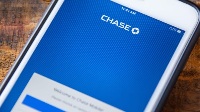 Chase Rolls Out Free Credit Scores For Customers And Non