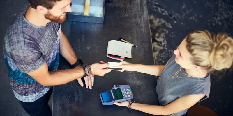 4 things to know about the credit card surcharge battle valuepenguin consumers well know the advantages to using a credit card for purchases and now charge more purchases 40 of them to be exact to such cards than to any reheart Images