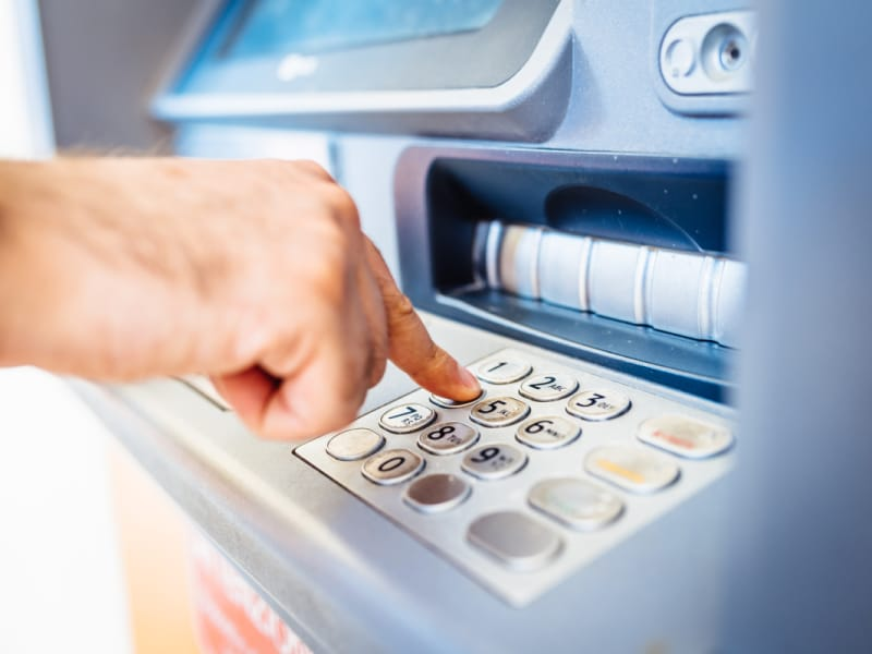 Bank ATM Fees: How Much Do Banks Charge and How Can I Avoid
