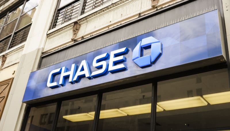 Chase Premier Plus Checking Review: Is It a Good Checking Account?