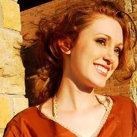 Mella Barnes headshot