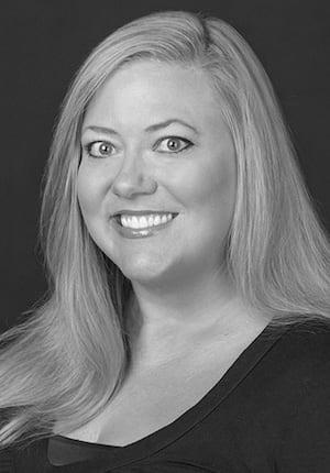Erin Ballinger headshot