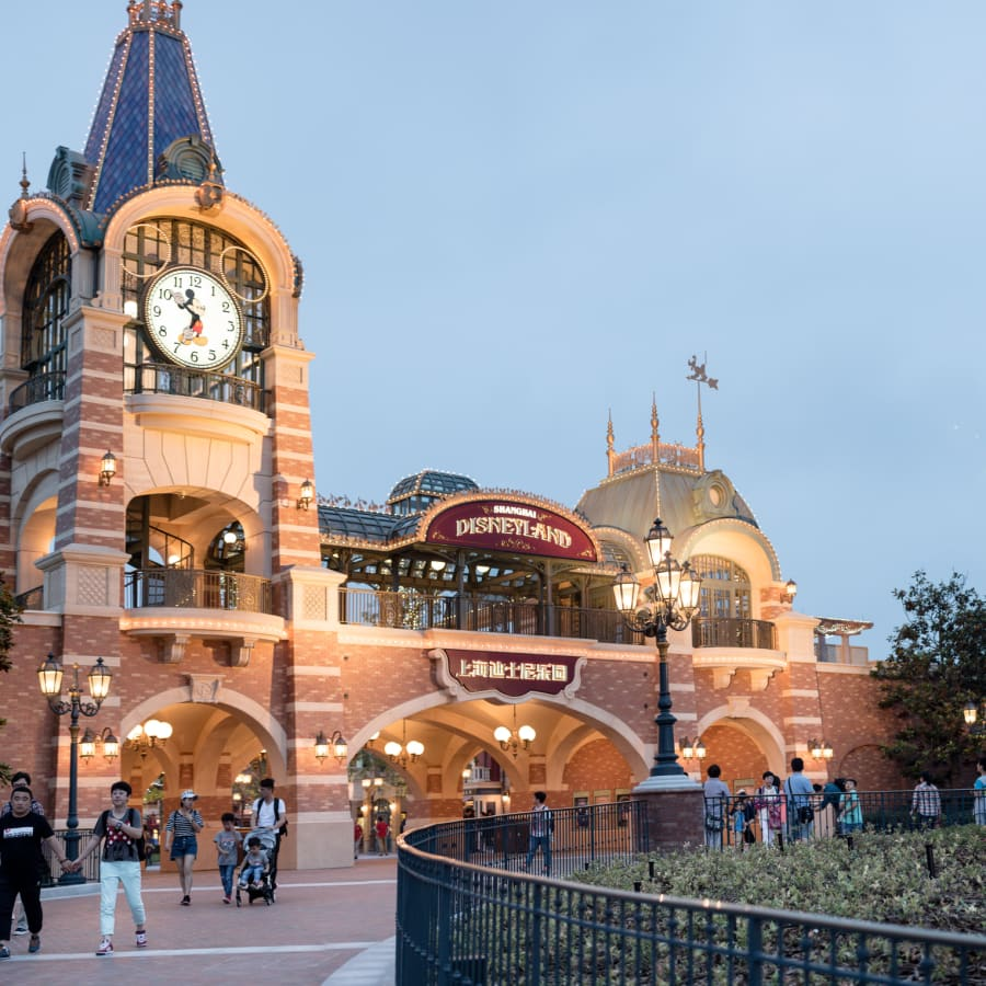 Which Disneyland in Asia is Cheapest for Singaporeans?