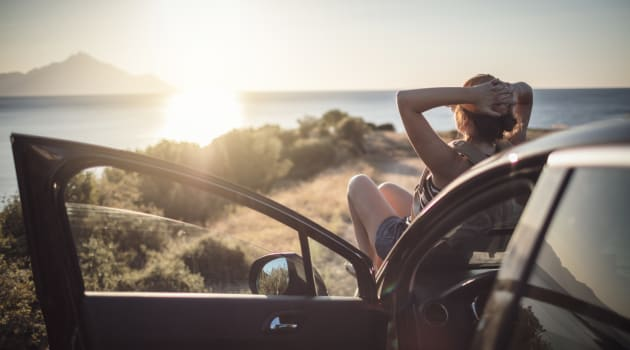 6 Ways to Save Money When Renting a Car on Vacation
