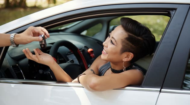 Buying or Leasing a Car: Which One is Cheaper?