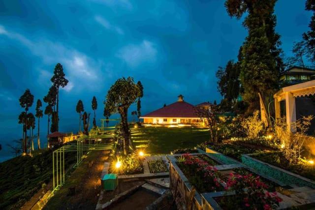Grounds at Chamong Chiabari, Darjeeling