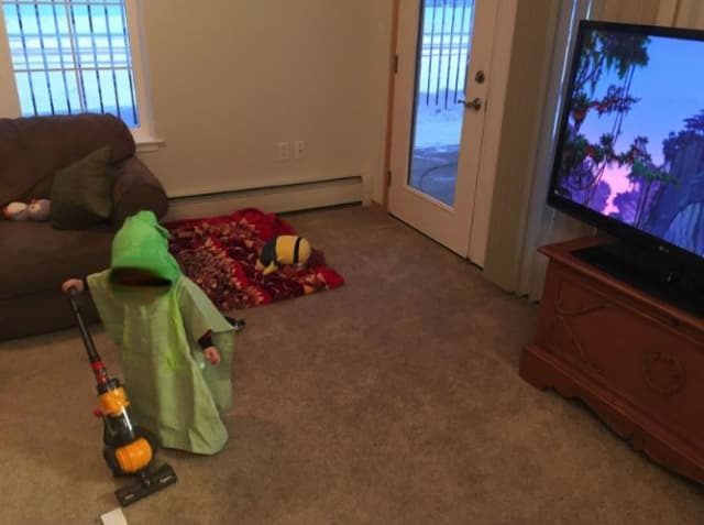 A parent shared a positive review that included her vacuum-obsessed son. (Photo: Amazon)
