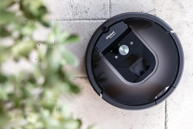 iRobot and Xiaomi are just a few of the smart vacuum cleaner brands