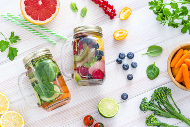 Eat foods rich in antioxidants and drink water