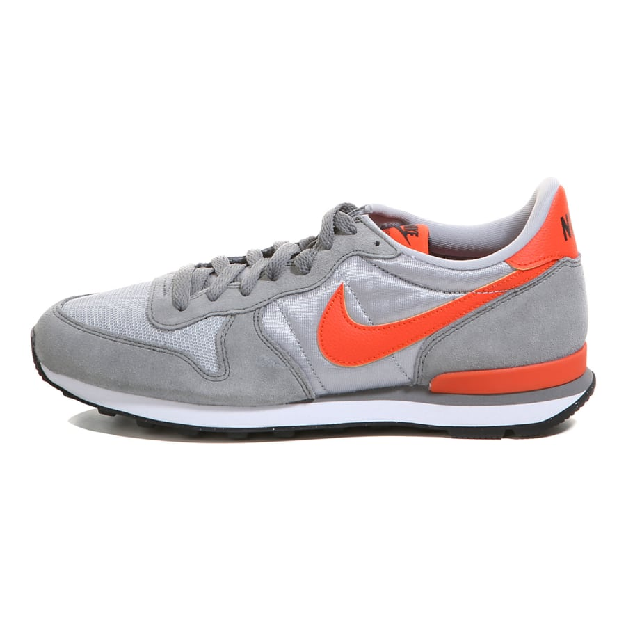 nike internationalist sneaker herren grau orange vaola. Black Bedroom Furniture Sets. Home Design Ideas