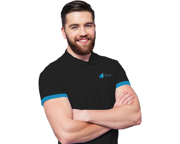 Smiling Man Arms Folded Mobile Car Windscreen Replacement Sydney & Canberra