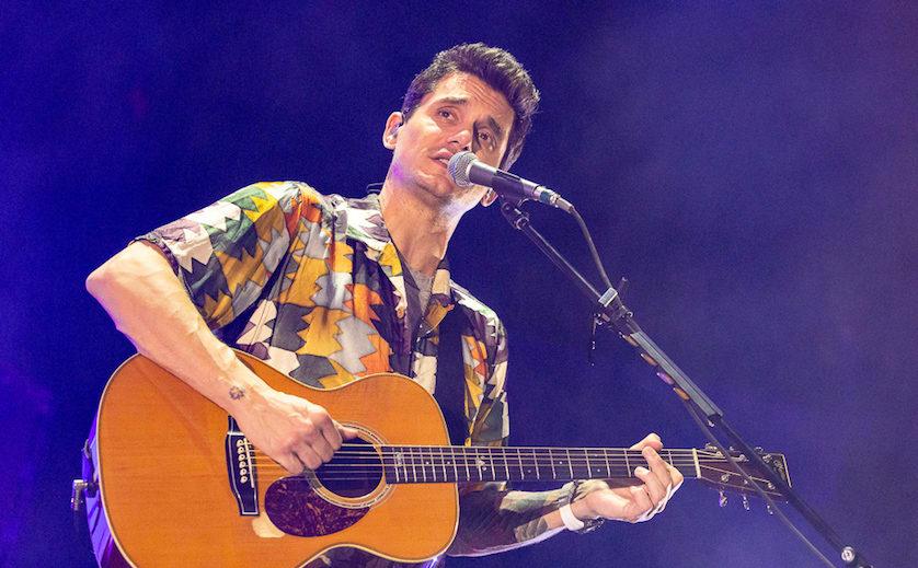 In photos: John Mayer brings solo tour to Milwaukee