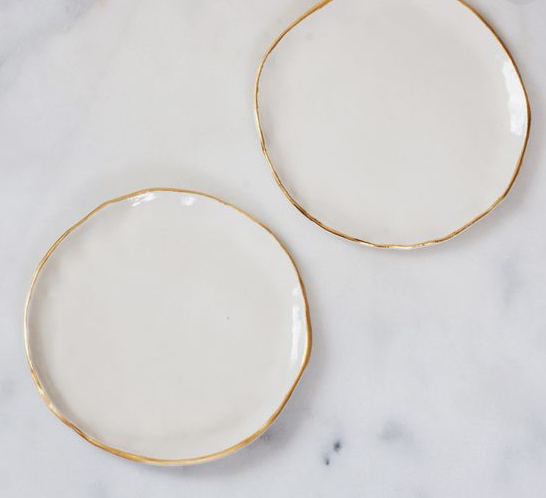 White ceramic plate with gold edging  sc 1 st  Velvet Circus Ibiza & White ceramic plate with gold edging - Velvet Circus Ibiza