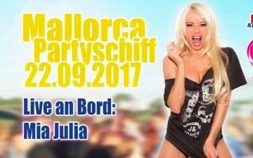 Mallorca-Partyschiff mit Mia Julia