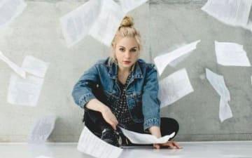 Julia Engelmann im Tanzbrunnen