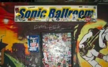 Dichterkrieg im Sonic Ballroom