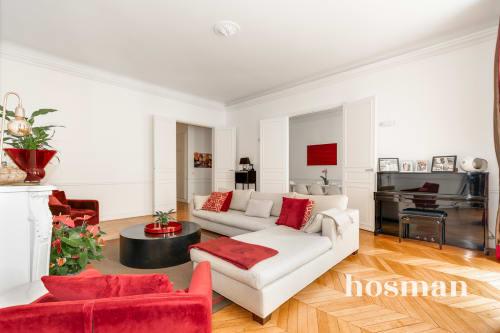 vente appartement de 144.0m² à paris