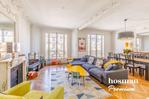 vente appartement de 114.0m² à paris
