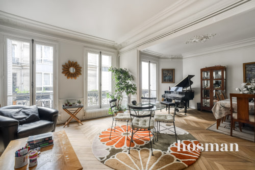 vente appartement de 112.0m² à paris