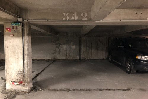 vente parking_spot de 13.0m² à saint-ouen
