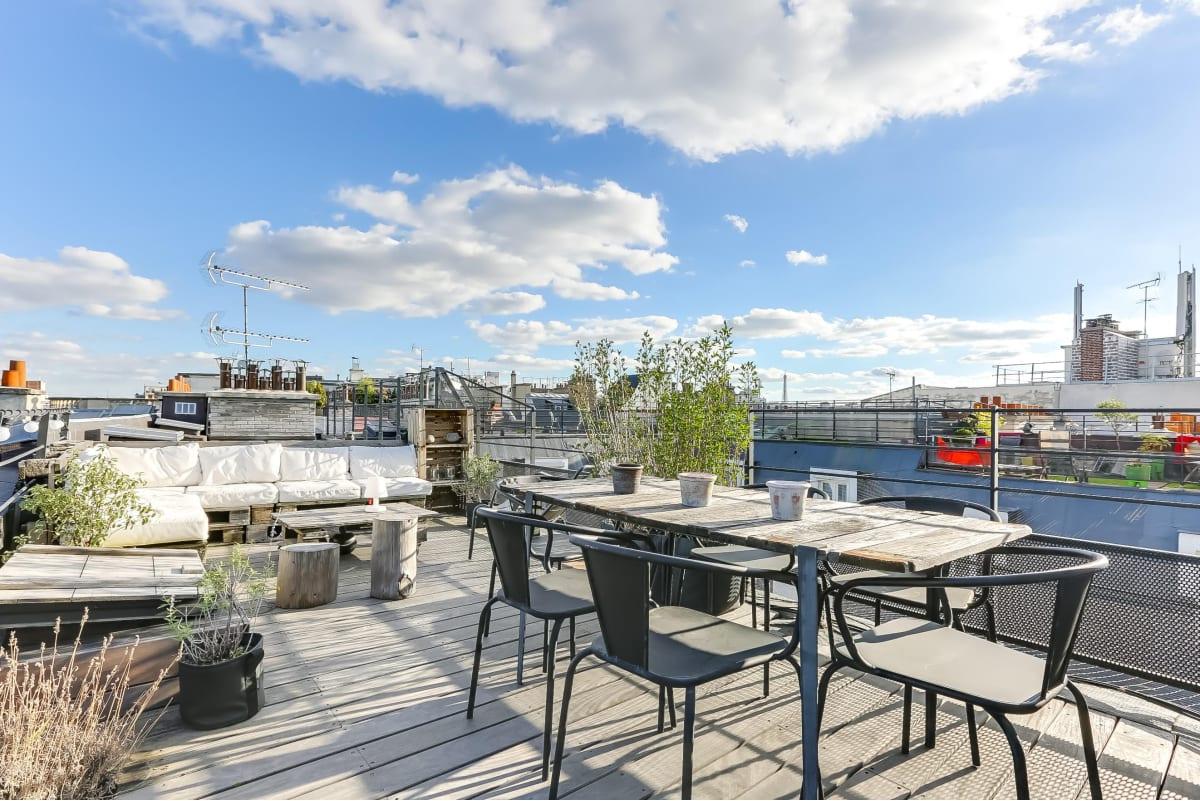 magnifique duplex de 112m2 avec une terrasse de 30m2. Black Bedroom Furniture Sets. Home Design Ideas