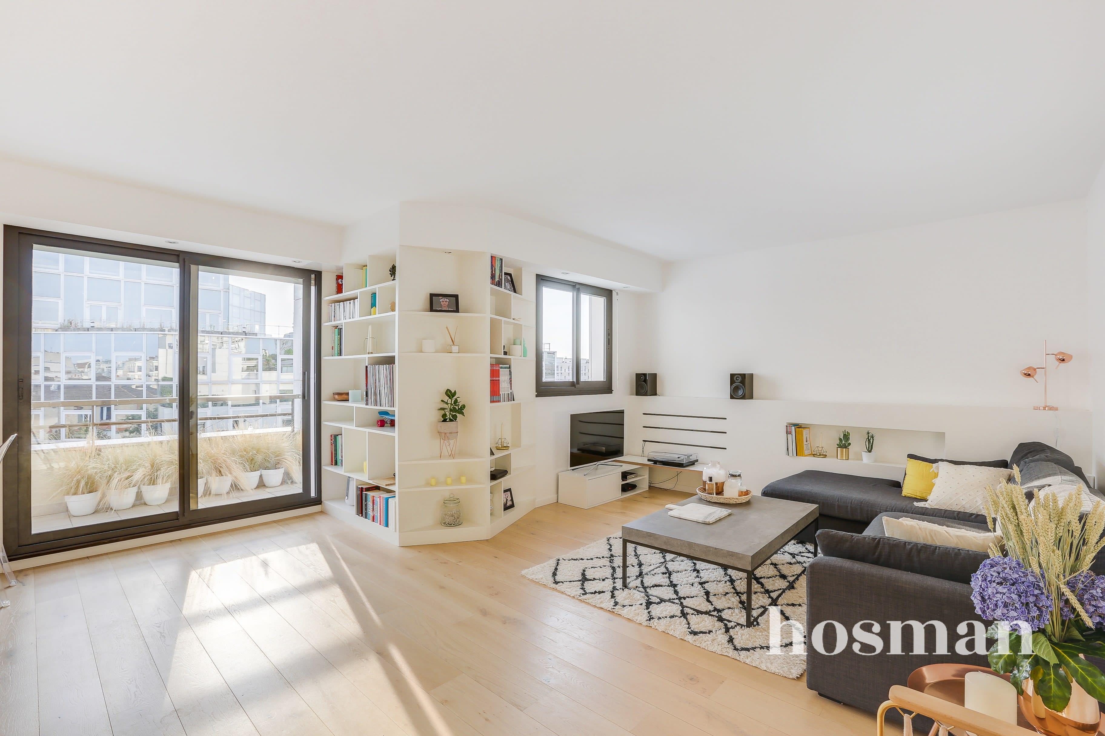 Bel Appartement Entierement Renove Au Dernier Etage Avec