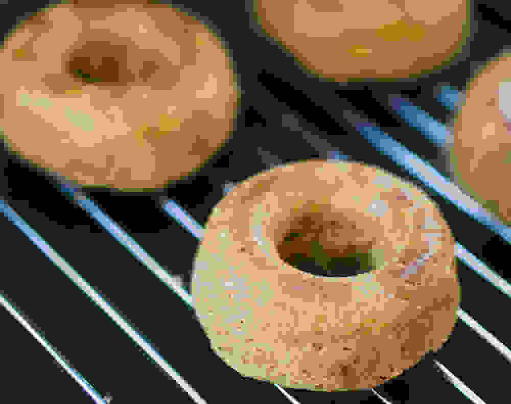 apple-cinnamon doughnuts after baking and before toping