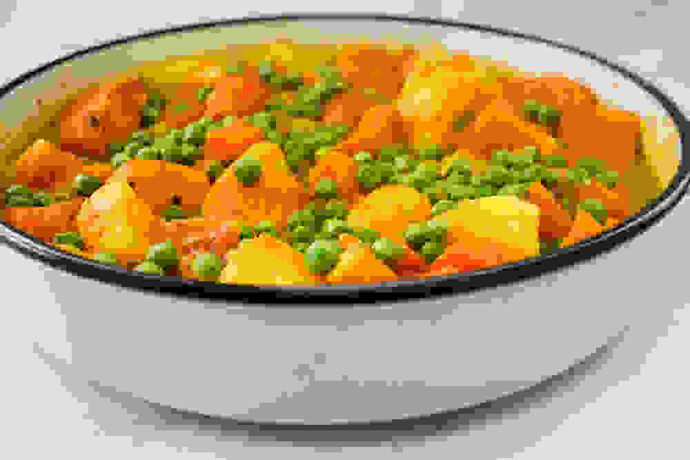 cooked yellow curry in a sotage